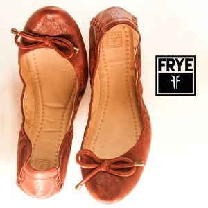FRYE Carson Red Collapsible Ballet Flats
